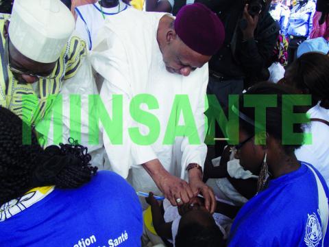 Vaccination contre la poliomyélite